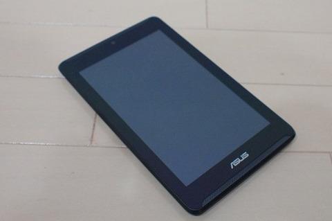 simフリーの7インチスマホ ASUS Fonepad 7 LTE の使用レビュー