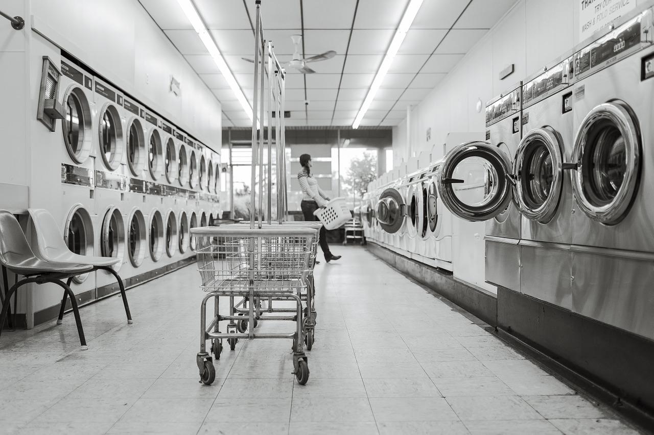 梅雨時期に最強!乾燥機付き洗濯機じゃない家庭には衣類乾燥機を勧めるわけ