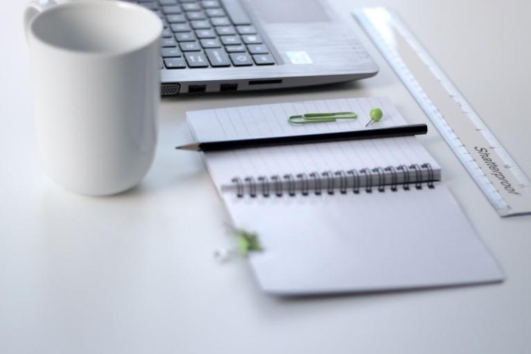 ズボラ節約家サラリーマン家計の6月の家計簿を金額入りで公開。自作家計簿ならたったの10分で管理が可能。